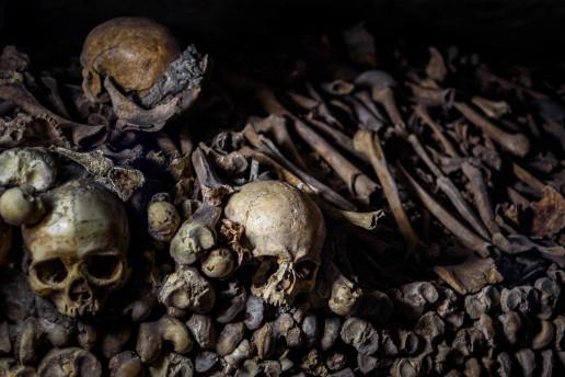 Catacombs of Paris Bone Pile - Photo by skeeze